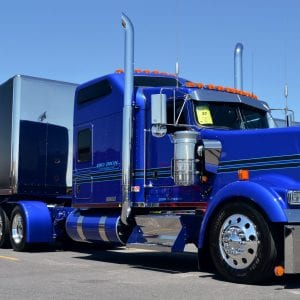 Blue Kenworth W900L at the 2018 Shell Rotella SuperRigs Truck Show