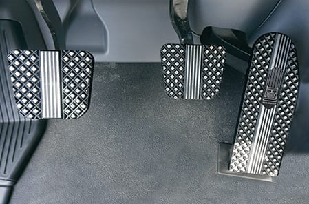 Kenworth T660 / T680 / T880 Billet Pedal Sets - Raised Black Diamond Pattern
